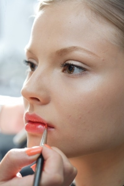 How You Can Make Your Lipstick Last Longer