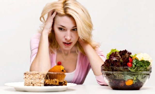 Are You an Emotional Eater? Here's How To Find Out.