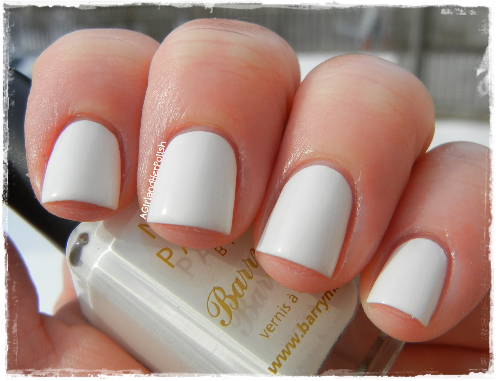 The New Nail Color Craze – White Manicure