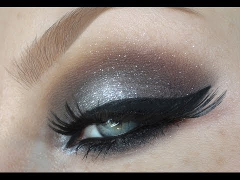 Can A Woman 45+ Wear Metallic or Glitter makeup?
